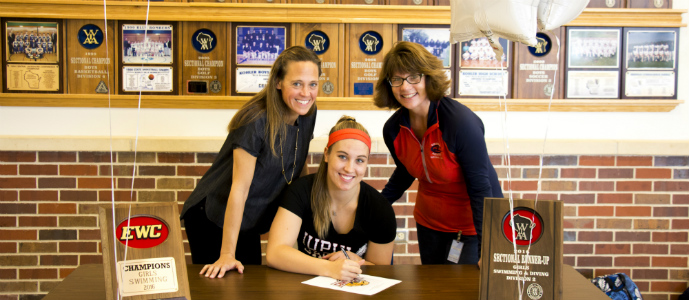 Kellie Hoekstra signs with IUPUI